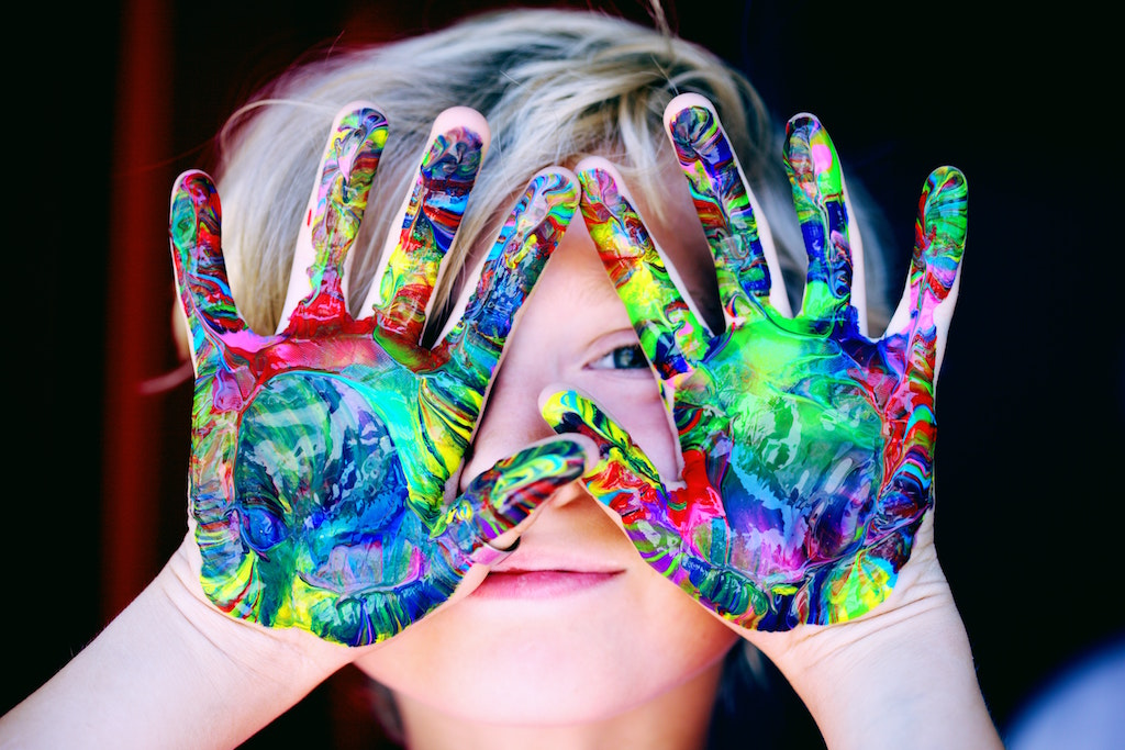 child-art-hands