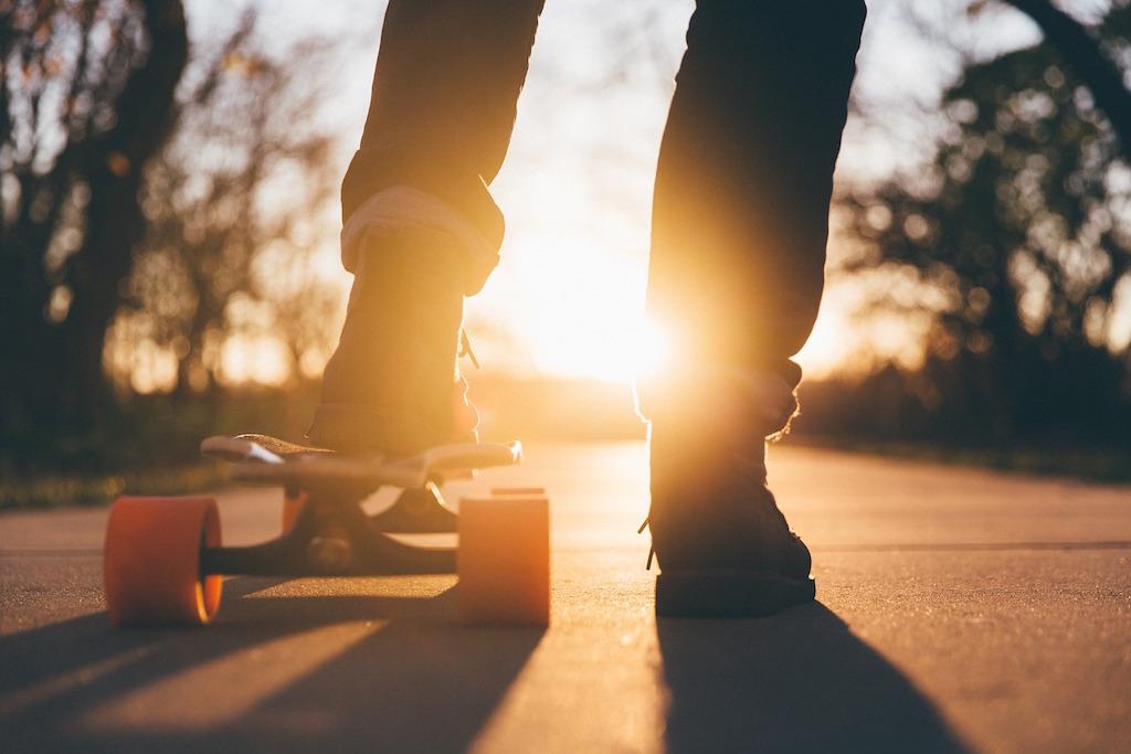 skateboard-teenager