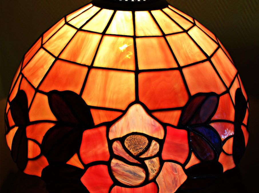 Secrets of Tiffany Lamps