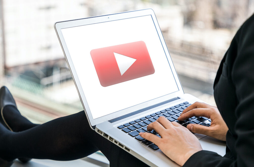How to Make a New YouTube Playlist Offline