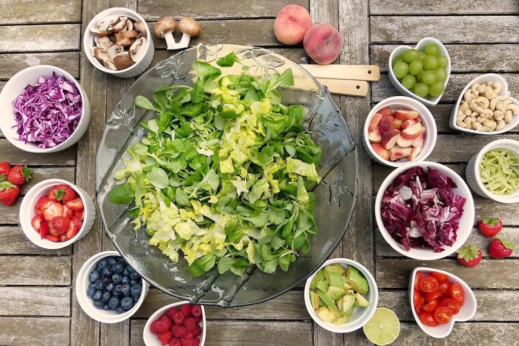 salad-vegan-diet