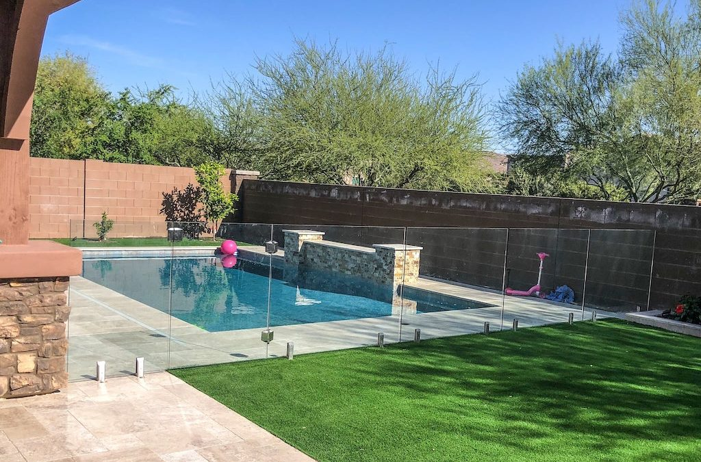 Why Glass Fencing is Trending for Summer 2019
