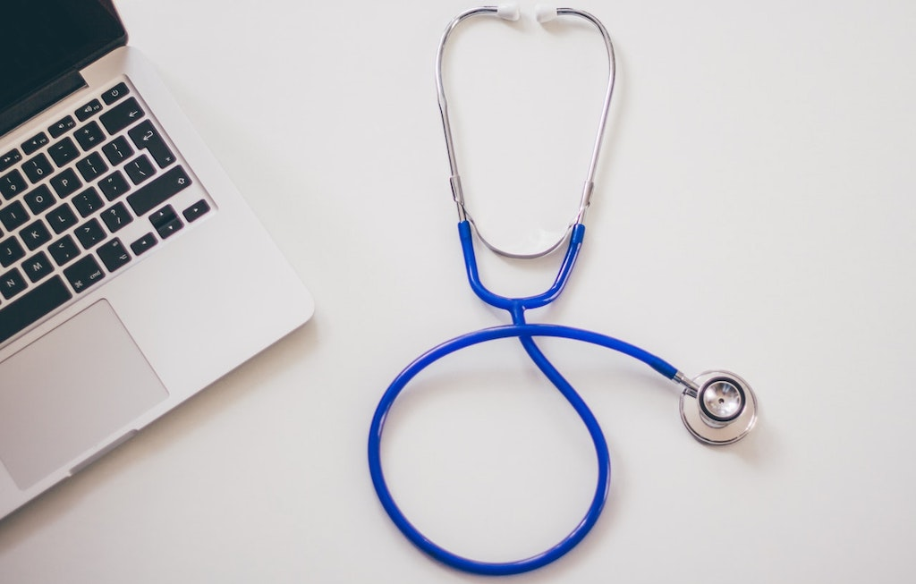 Here's How A Digital Education Can Transform Your Medical Career and Widen Your Horizons
